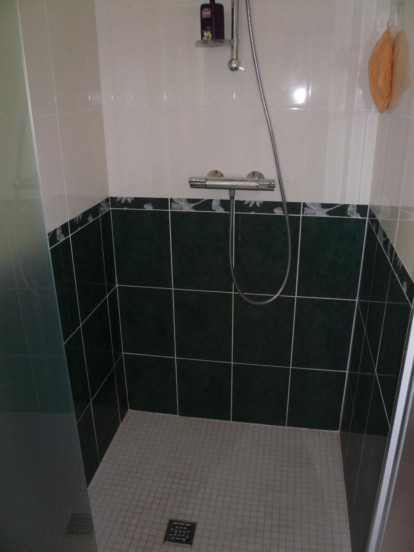 conception d 39 une salle d 39 eau complete avec douche italienne nangeville 45330 le malesherbois. Black Bedroom Furniture Sets. Home Design Ideas