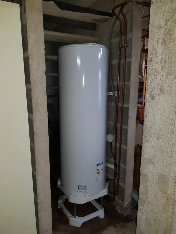 Changement d'un ballon d'eau chaude sanitaire de 200 litres DE DIETRICH