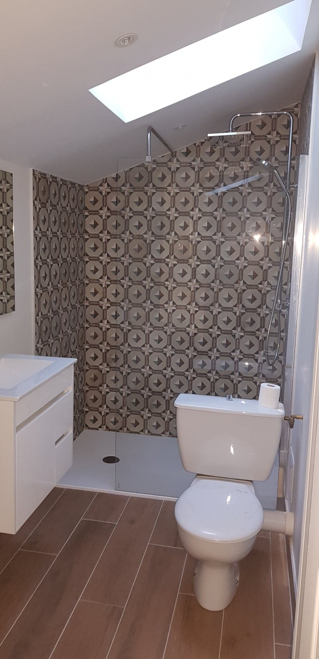 Plombier Boigneville 91 : Changement de la salle de bain par une salle d'eau