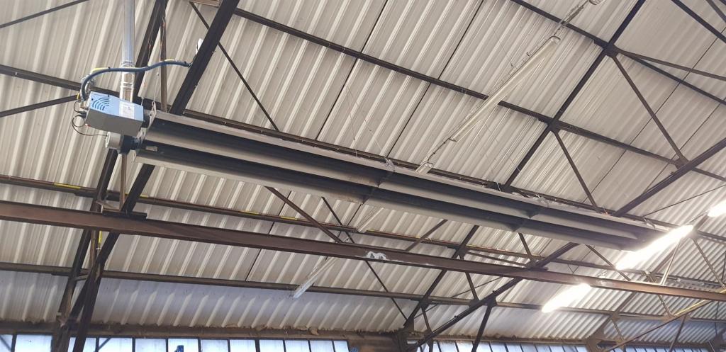 Chauffagiste Pithiviers : Installation de tube Radiant gaz dans un entrepôt agricole à Pithiviers