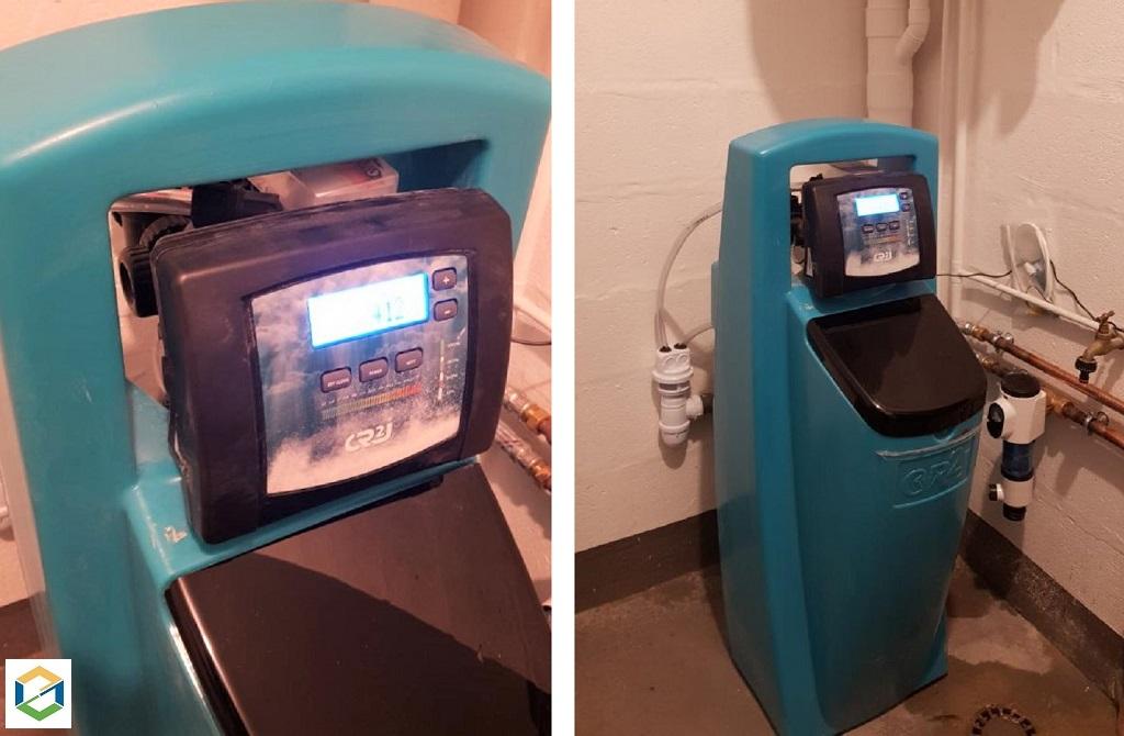 Installateur de système de traitement de l'eau : Installation d'un adoucisseur d'eau CR2J Diamant 3