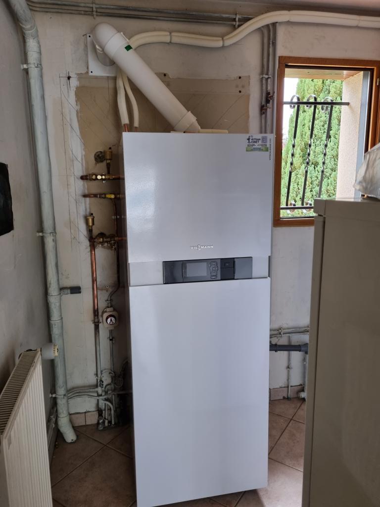 Installateur de pompe a chaleur PROACTIF Viessmann : Installation d'une pompe à chaleur Hybride Air-Eau / Gaz Propane-Loiret (45)