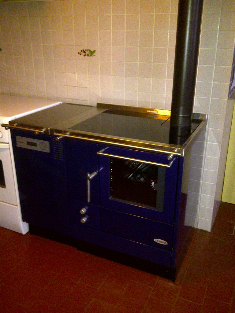 Cuisinière hydro aux granulés de bois pellets et bûches Lohberger à Puiseaux 45