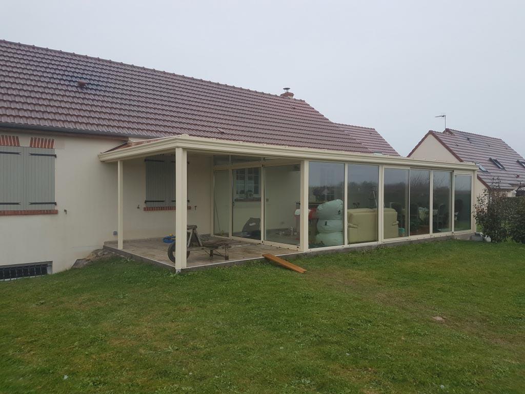 Installation d'un système de climatisation réversible dans une véranda Tryba à Beaugency dans le Loiret