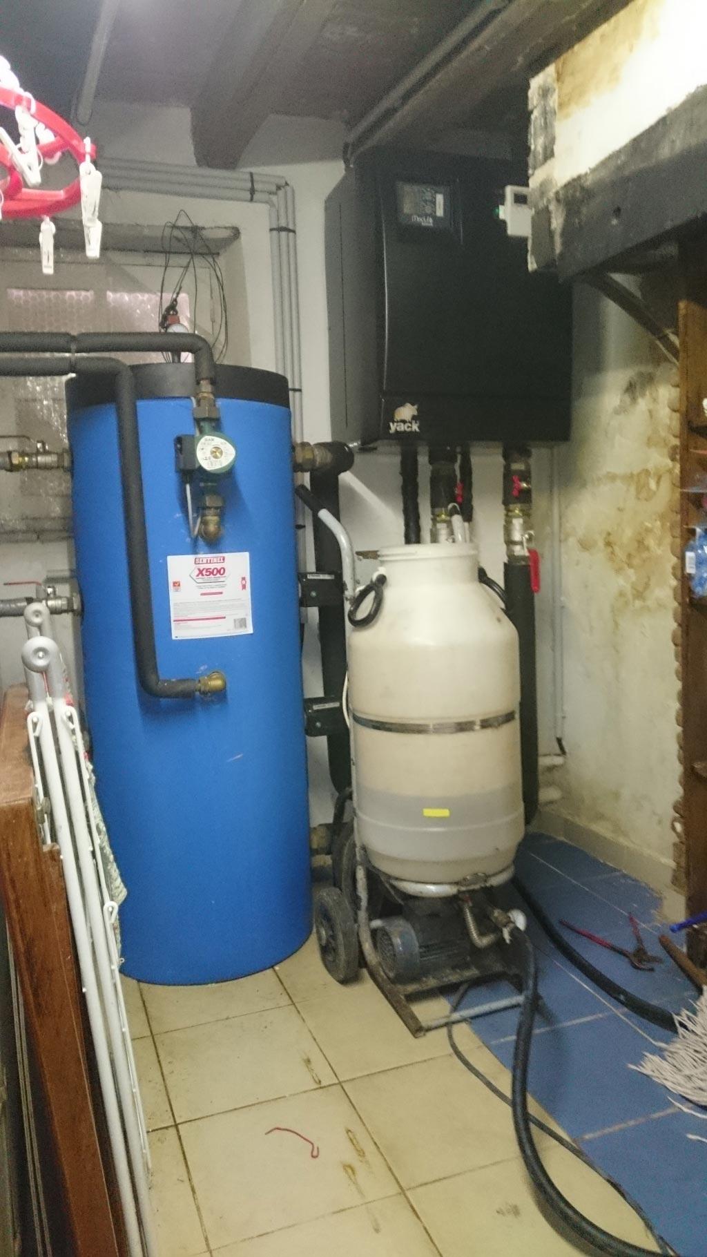 Désembouage réseau de radiateur pompe à chaleur Mitsubishi à Lorris 45 Loiret