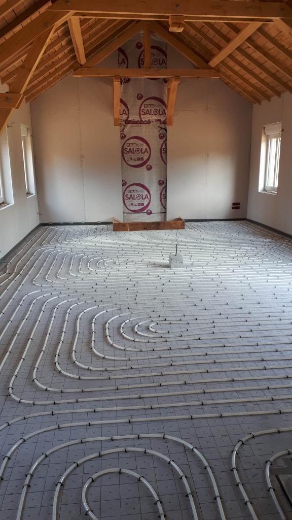 Réalisation d'un plancher chauffant au rez de chaussée 60240, OISE, FRESNEAUX MONTCHEVREUIL