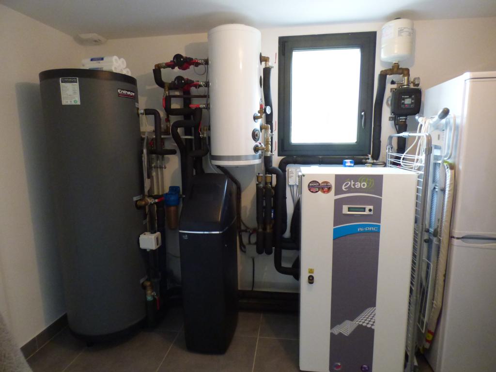 Géothermie sur nappe, free-cooling, eau chaude sanitaire