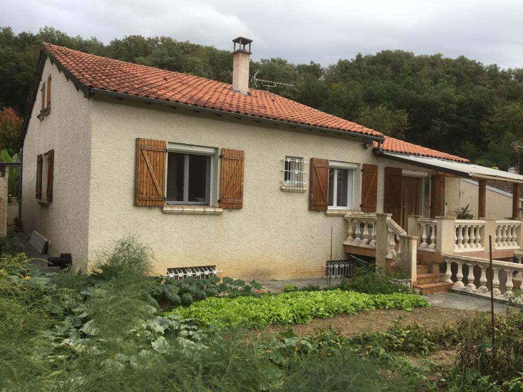 Installation d'une chaudière à granulés ( pellets ) OKOFEN PELLEMATIC COMPACT à Villefranche de Rouergue - Aveyron - 12