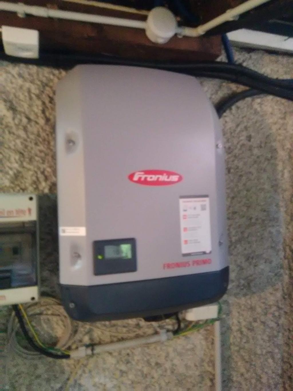Dépannage installation photovoltaique-changement onduleur existant par un FRONIUS PRIMO 3.0-1-Haute Savoie (74)