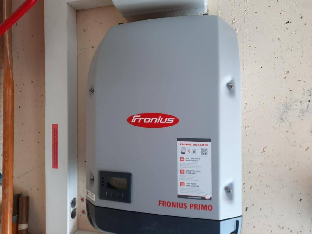 RGE QualiPV - Dépannage installation photovoltaique-changement onduleur existant par un FRONIUS PRIMO 3.0-1-Haute Savoie (74)