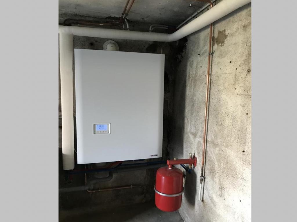 Remplacement d'une chaudière fioul, par une gaz à condensation FRISQUET
