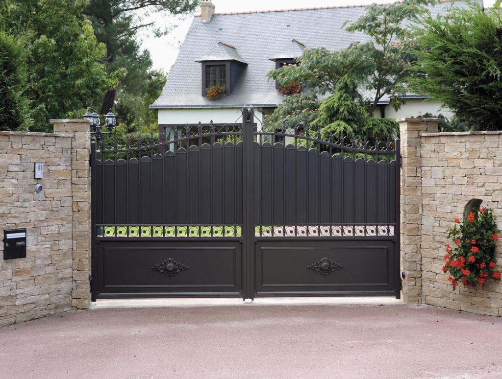 Produit catalogue SIB - portail battant aluminium Millau