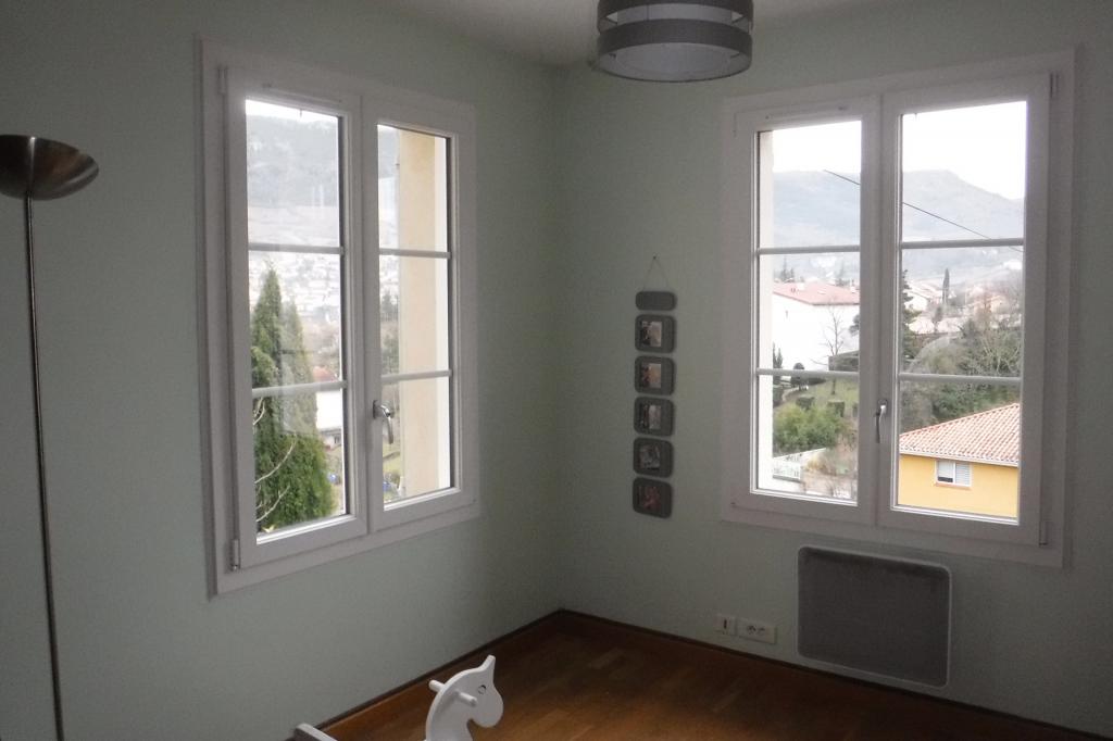 Notre réalisation -  Pose de fenêtres pvc en rénovation  Millau Aveyron