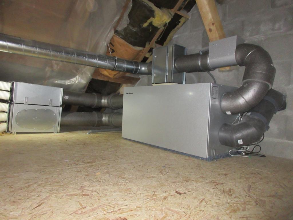 Installation d'une ventilation double flux en grenier non-isolé