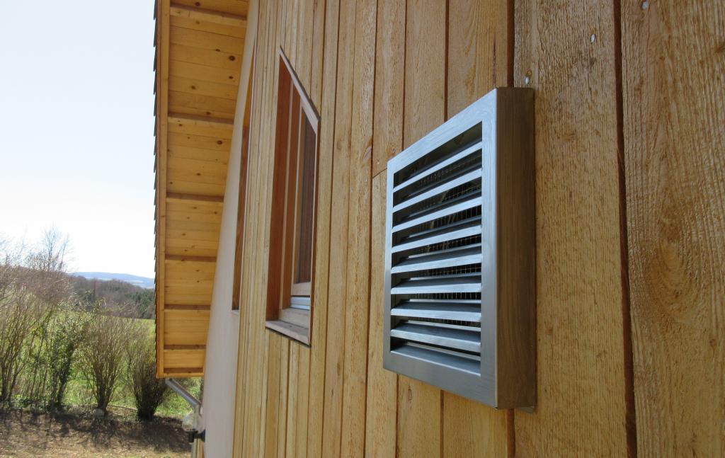 Installation d'une VMC double flux dans une masion en ossature bois très basse consommation