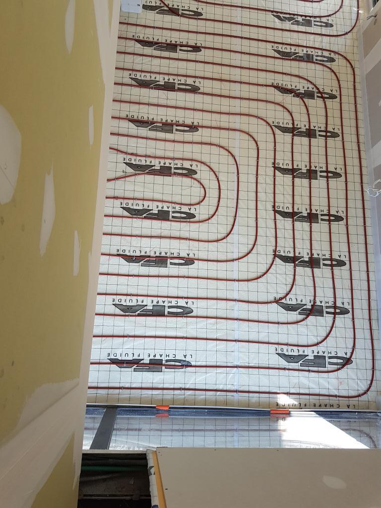 Artisan RGE - installateur de plancher chauffant rafraichissant.