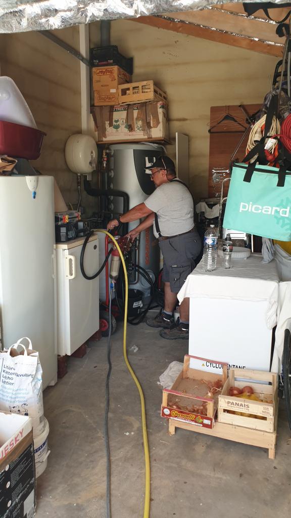 Solaire intervention réparation sur panneau-Gard (30)