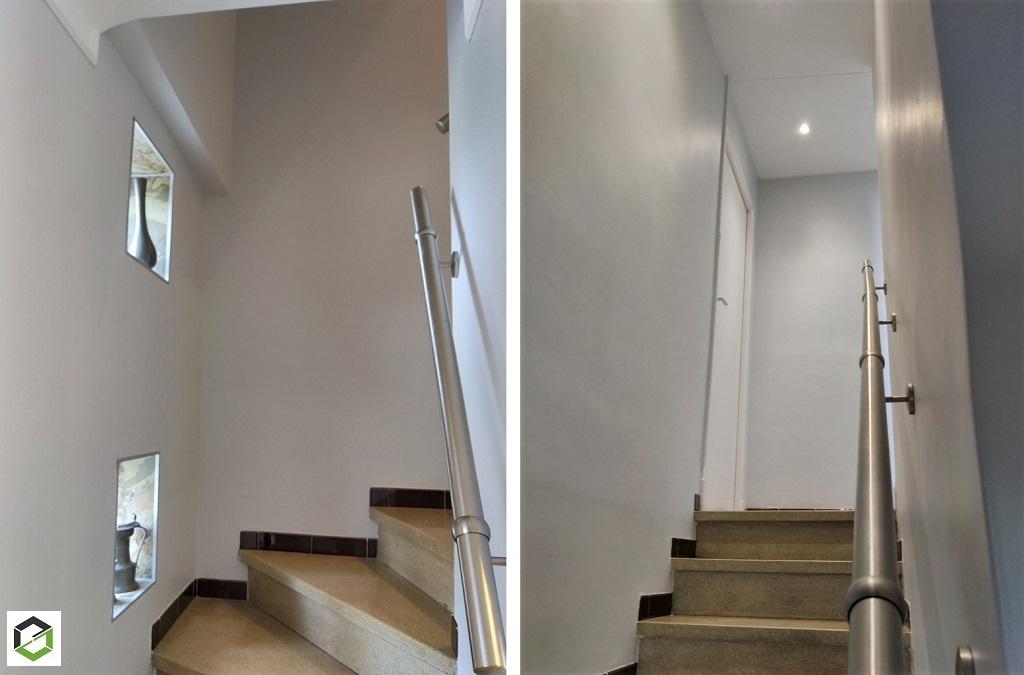 Peintures et plafonds tendus dans une cage d'escalier