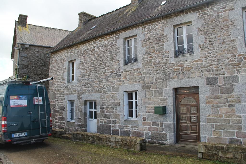 Installation d'une chaudière fioul à condensation en Centre Bretagne par installateur Qualifioul-Côtes d'Armor (22)