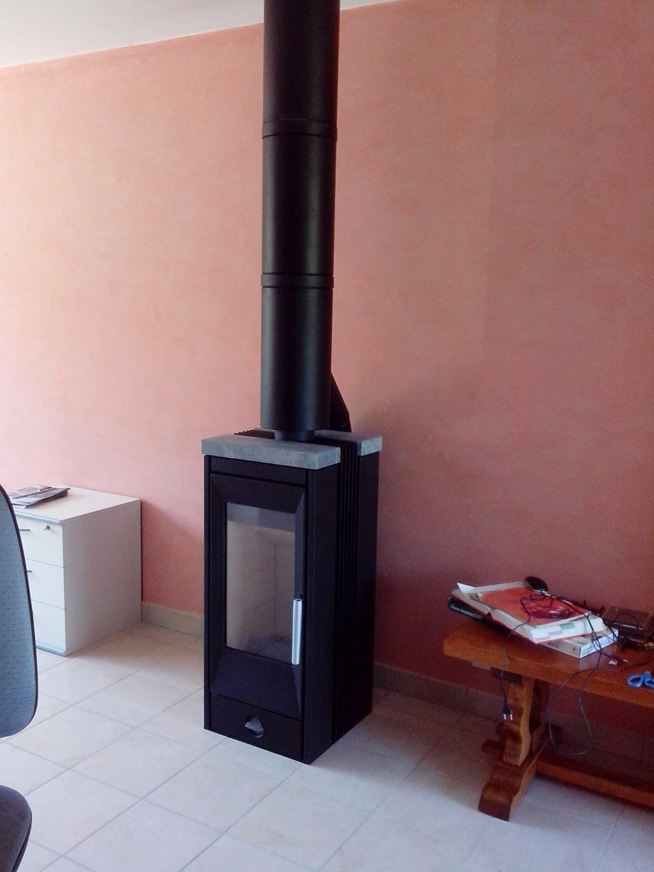 po le bois rika pour maison passive mont pr s chambord 41 mont pres chambord 41 ets. Black Bedroom Furniture Sets. Home Design Ideas