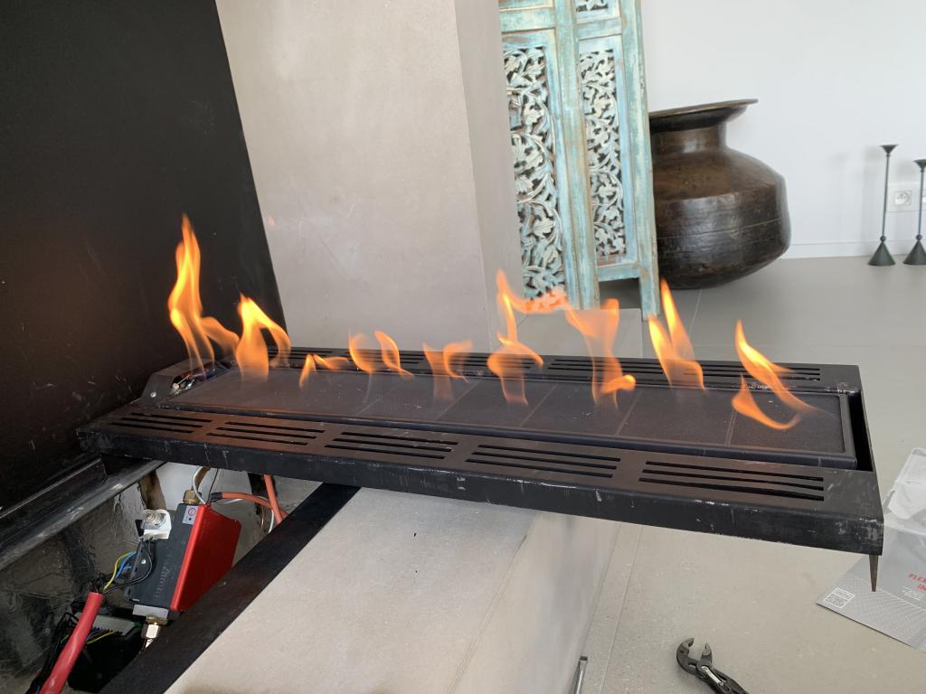 Artisan Réparation d'une cheminée gaz Kal-Fire dans les Alpes Maritimes 06-Alpes Maritimes (06)