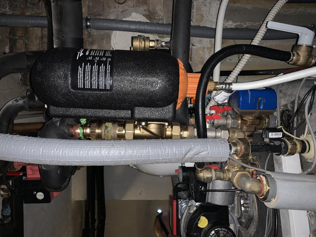 Nettoyage et entretien des radiateurs avec un filtre dégazeur Judo  Alpes maritimes 06-Alpes Maritimes (06)