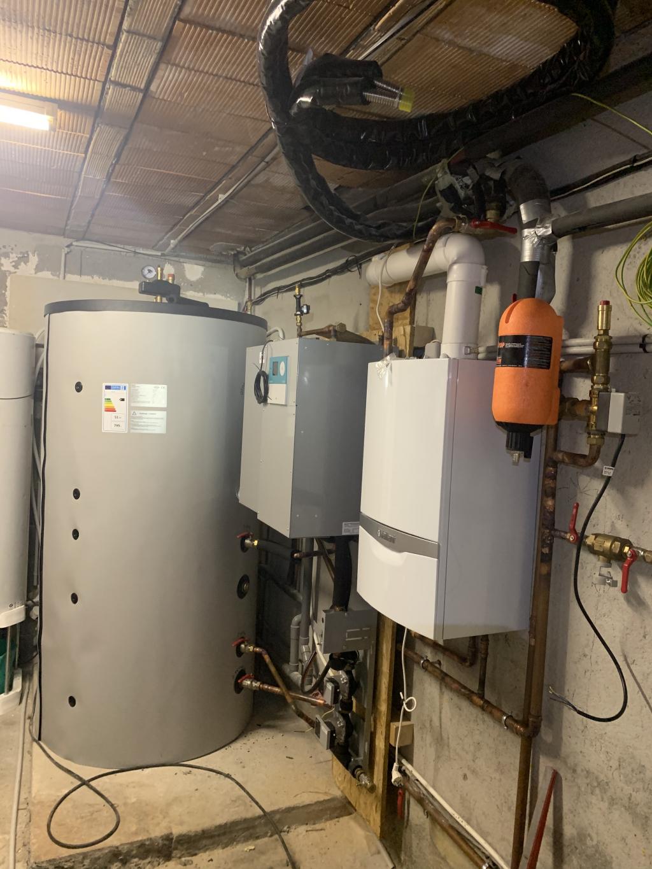 Pose d'une chaudière gaz condensation Vaillant ecoTEC plus systèmes en remplacement-Alpes Maritimes (06)