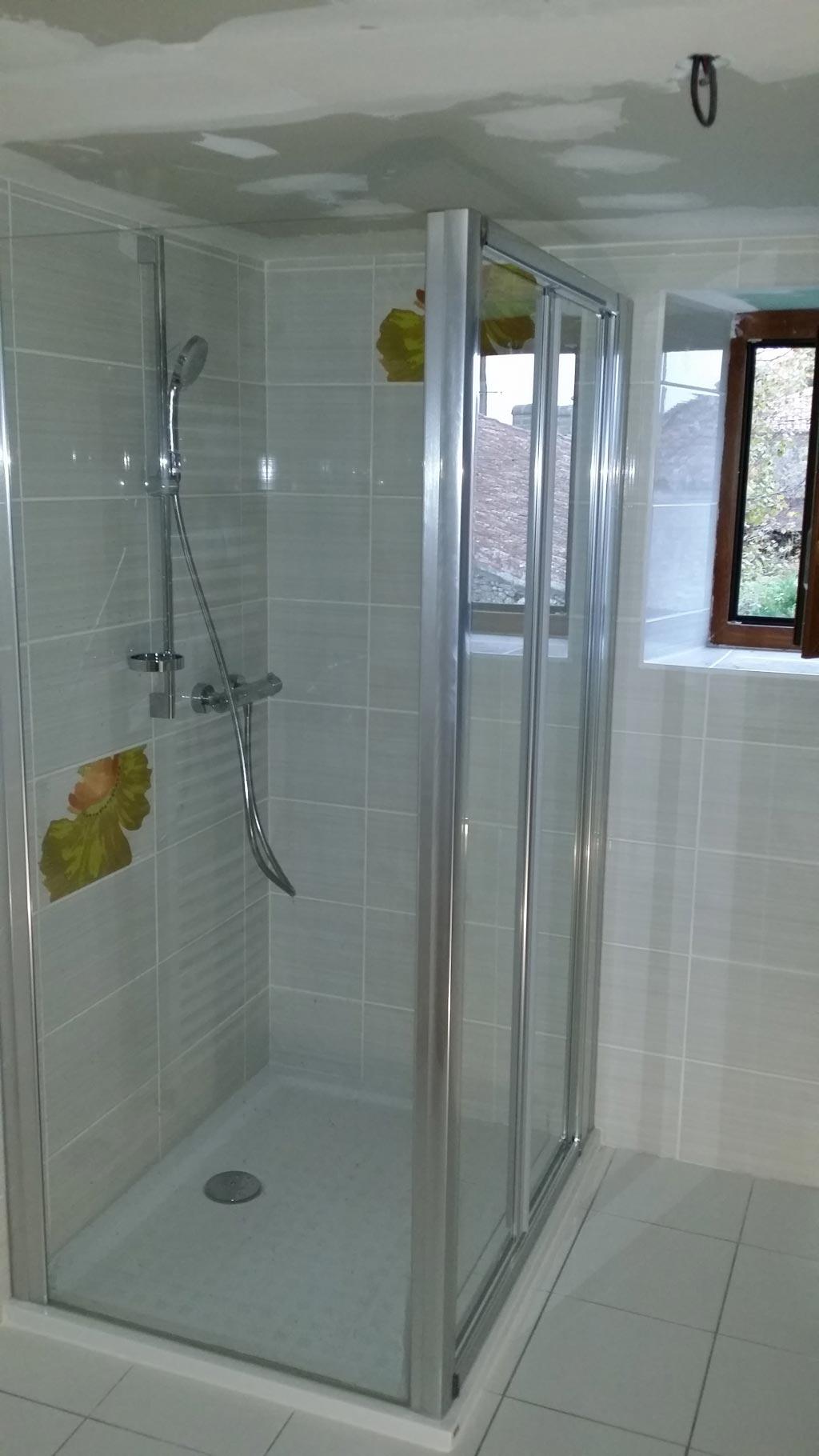 Salle de bain rénovée à Naujean et Postiac 33 Gironde