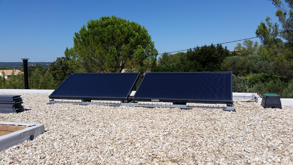 Installation d'un chauffe eau solaire (CESI) de la marque EKLOR modèle EKSOL ONE