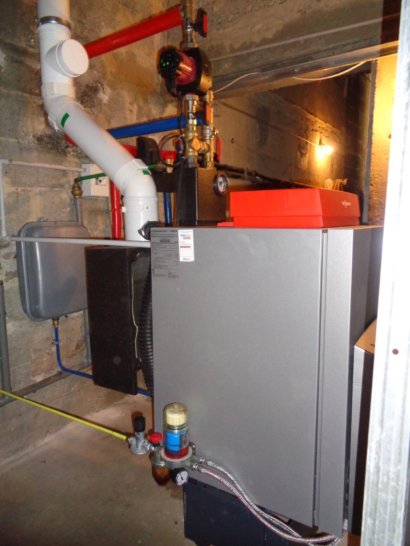 Installateur chauffagiste RGE 30 Gard 84 Vaucluse - Remplacement chaudière à condensation Viessmann