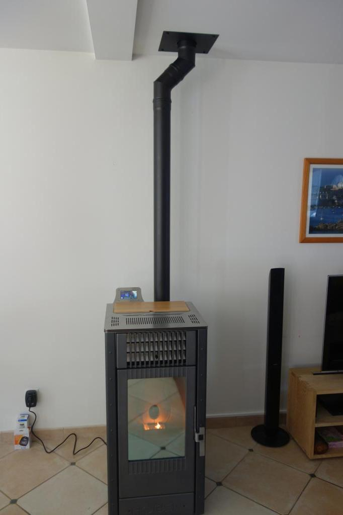 Poêle à granulés de bois  en Appoint chauffage à st cyr sur loire  37 Indre et Loire