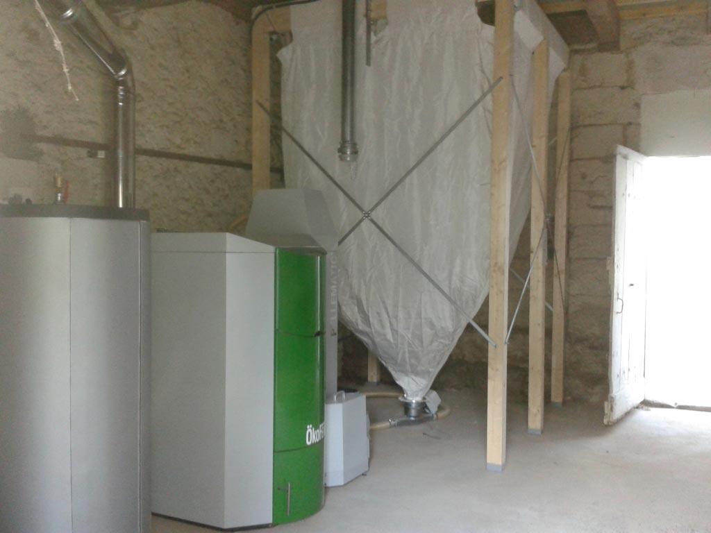 Chaudière à granulés OKOFEN 48 kw à Azay le Rideau - 37 Indre et Loire