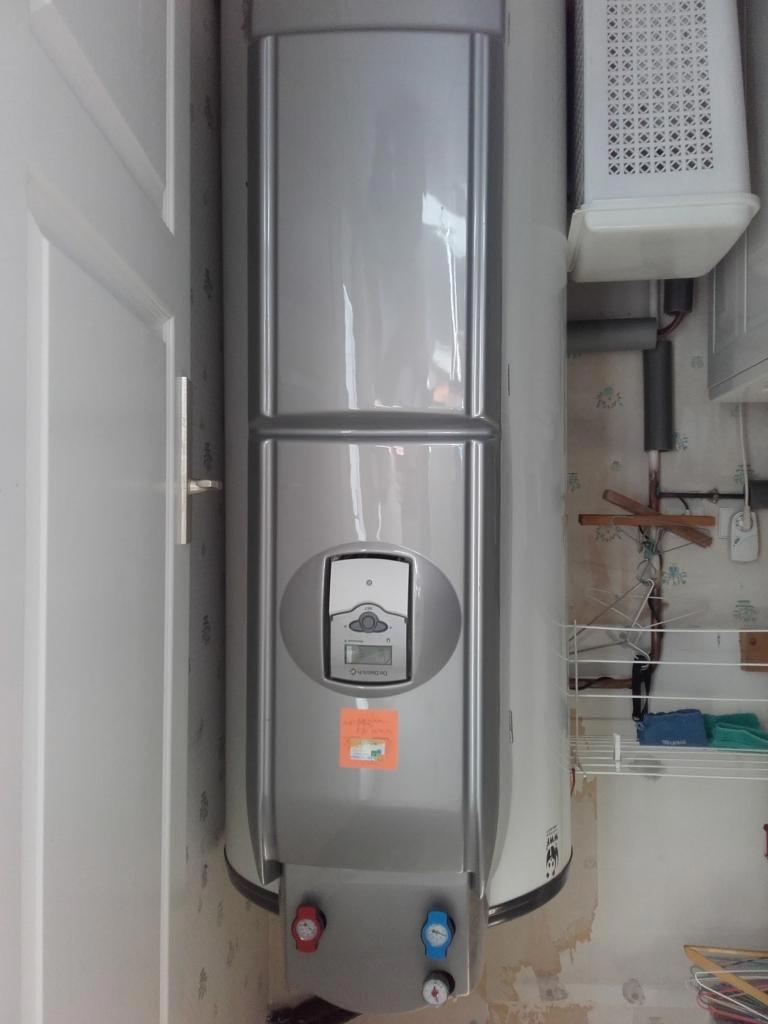d pannage d 39 un chauffe eau solaire de dietrich mintigny le bretonneux 78 yvelines montigny. Black Bedroom Furniture Sets. Home Design Ideas