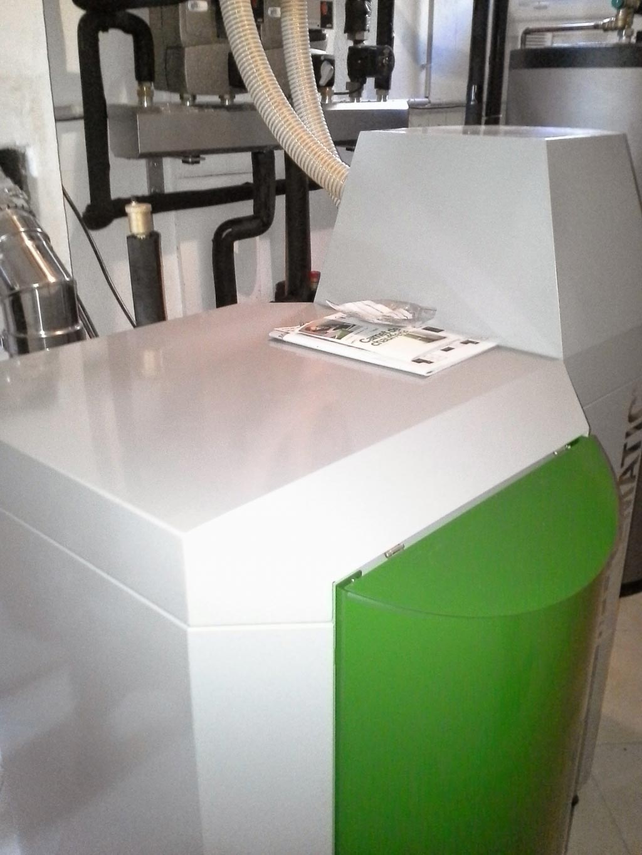 Installation d'une chaudière à granulés (pellets) de la marque OKOFEN