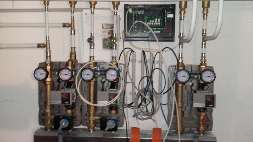 Installation d'une chaudière à granulés (pellets) condensation de la marque OKOFEN