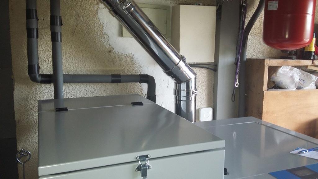 Installation d'une chaudière à granulés (pellets) de la marque EASYPELL-Bouches du Rhône (13)