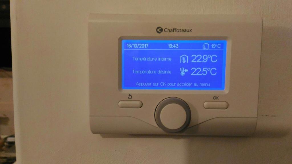 Installation d'une chaudière gaz à condensation Chaffoteaux avec régulation RT2012 climatique programmable