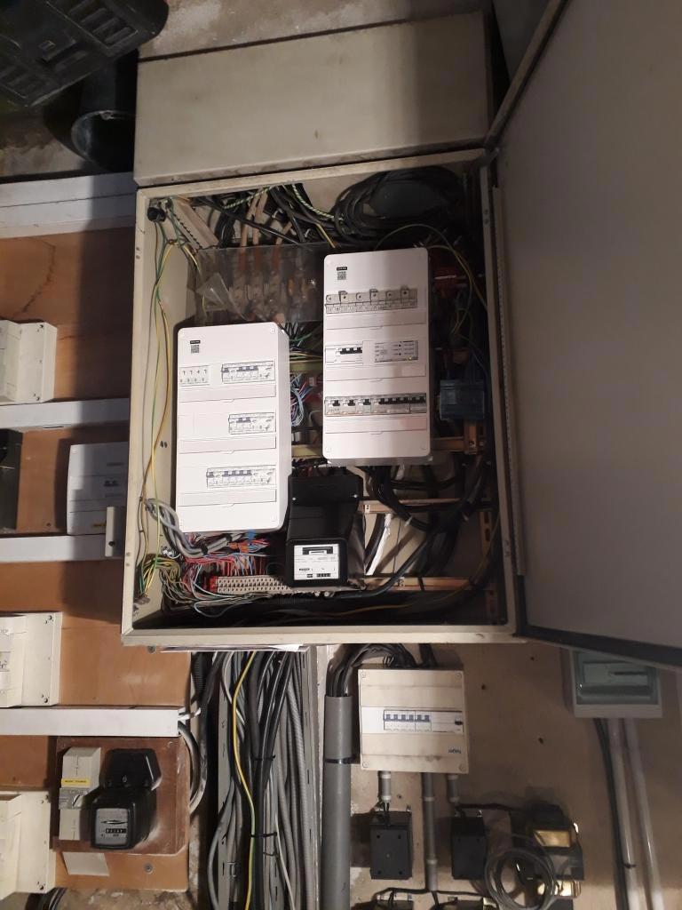 Rénovation d'une armoire électrique-Bouches du Rhône (13)