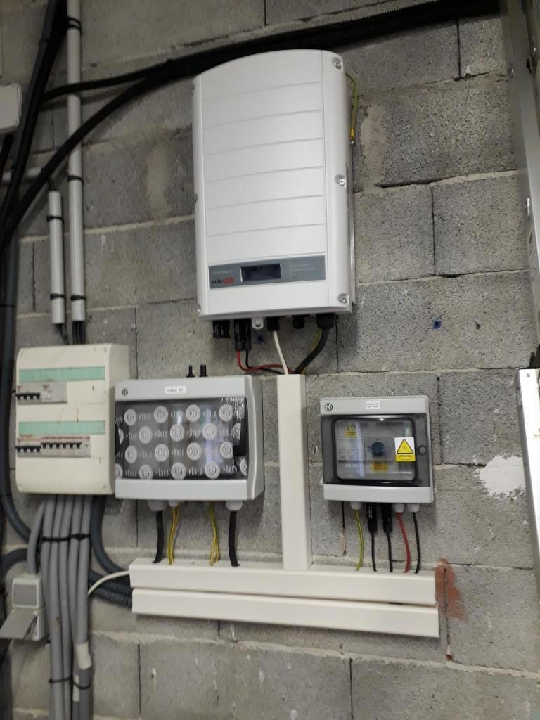 Réalisation d'une installation photovoltaïque 8.94 kwc en autoconsommation et vente du surplus-Alpes de Haute Provence (04)