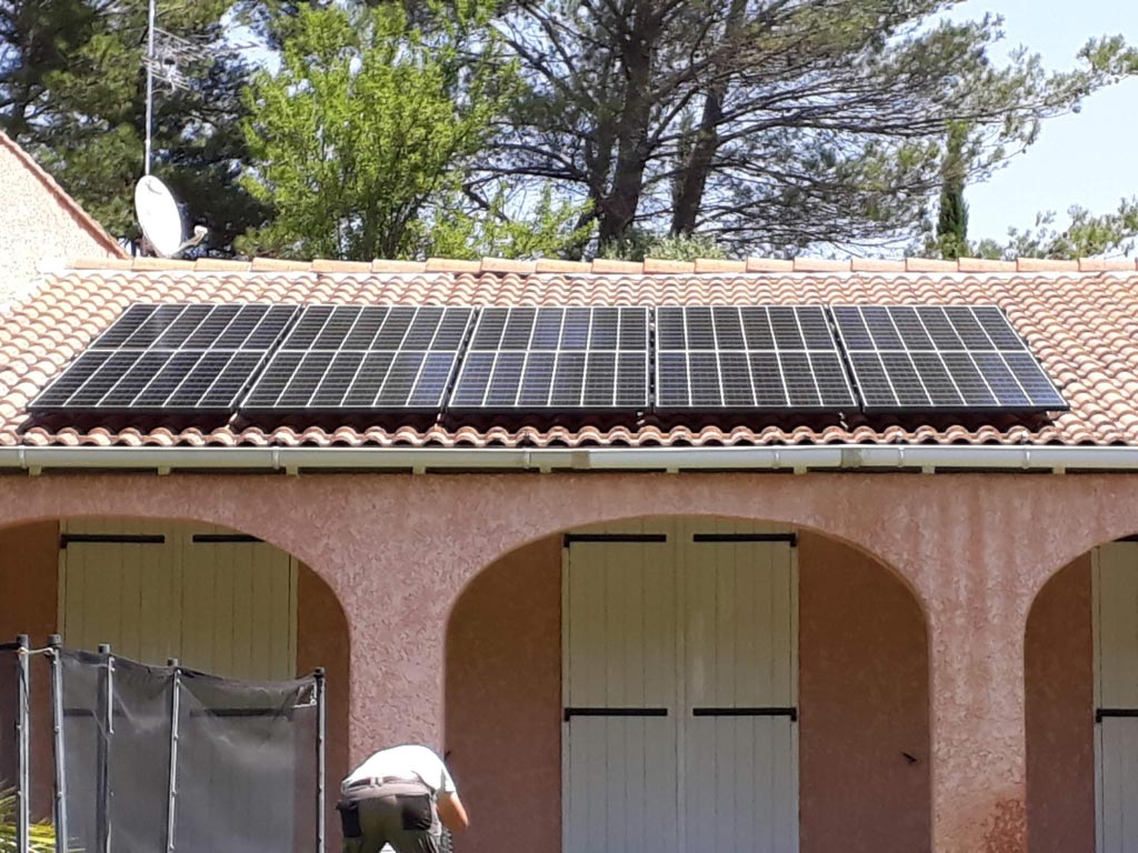 Réalisation d'une installation photovoltaïque 3 kwc en autoconsommation et vente du surplus avec stockage batterie-Bouches du Rhône (13)