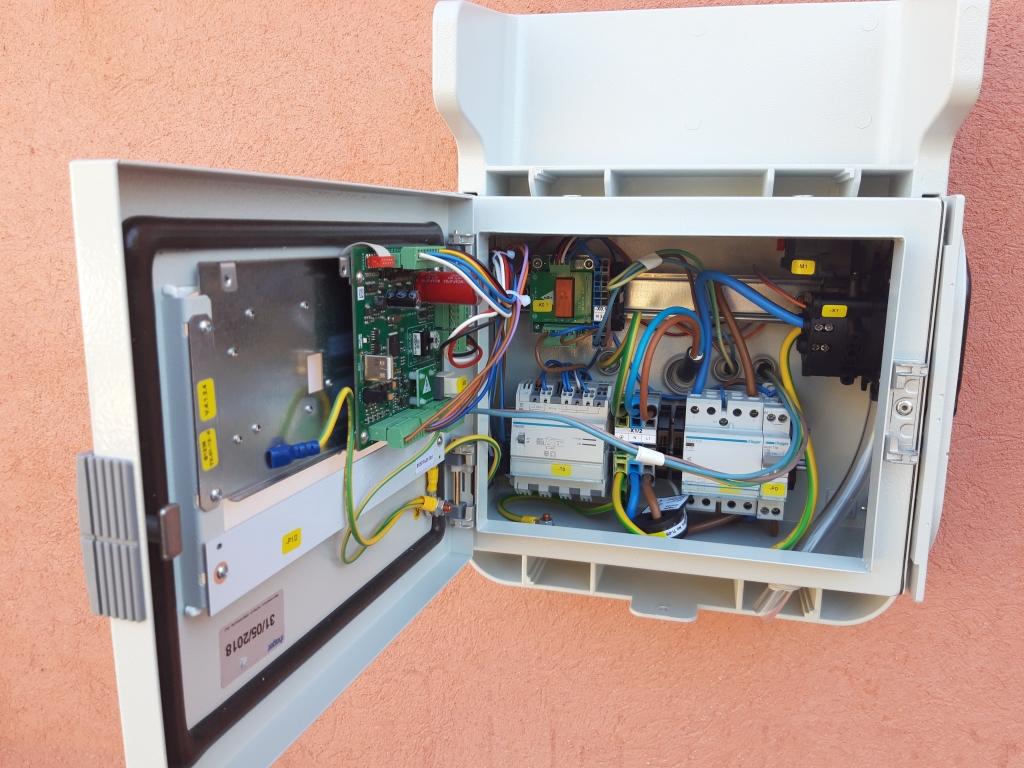 Mise en place d'une borne de recharge véhicule électrique-Var (83)