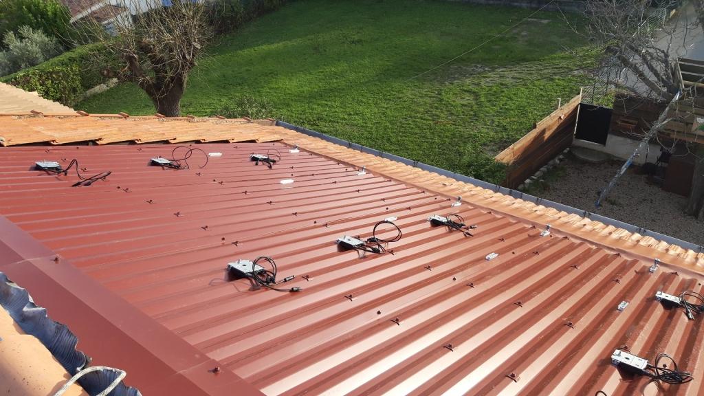 Réfection d'une installation solaire photovoltaïque-Bouches du Rhône (13)