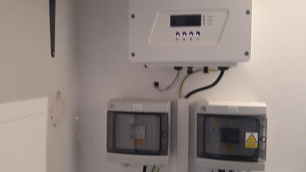 Réalisation d'une installation photovoltaïque en auto-consommation de 3 Kwc-Var (83)