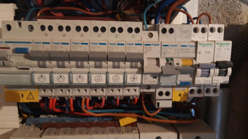 Installation d'une borne de recharge 7 kw pour Véhicule électrique-Bouches du Rhône (13)