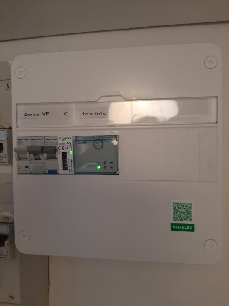 Installation d'une borne de recharge 7 kw HAGER pour Véhicule électrique