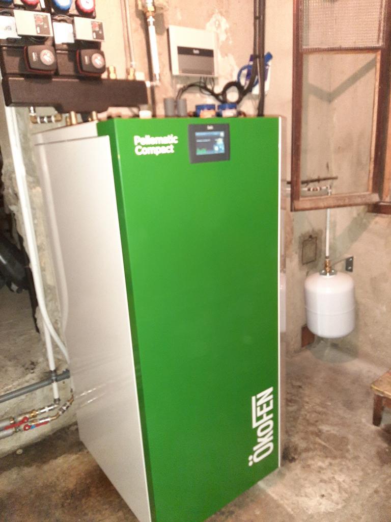 Installation d'une chaudière à granulés OKOFEN en remplacement d'une chaudière fuel