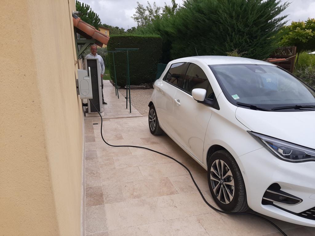 Installation d'une borne de recharge 7 kw pour Véhicule électrique-Vaucluse (84)