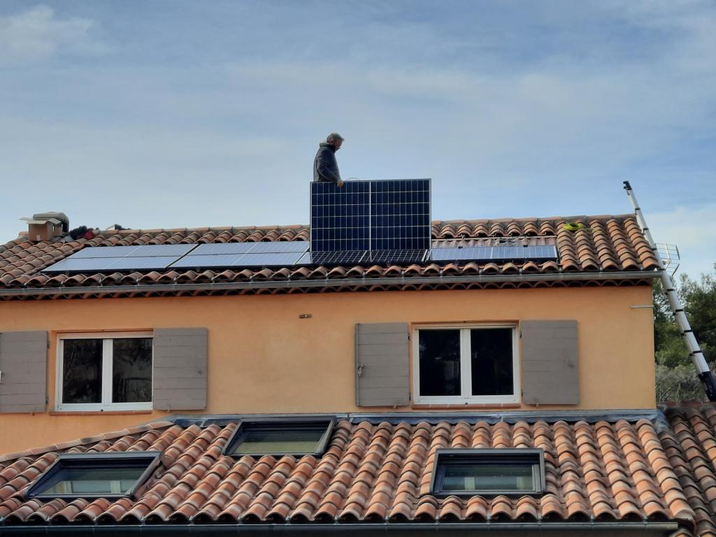 Reprise/SAV dépannage d'une installations photovoltaïque 2.7kwc défaillante-Bouches du Rhône (13)