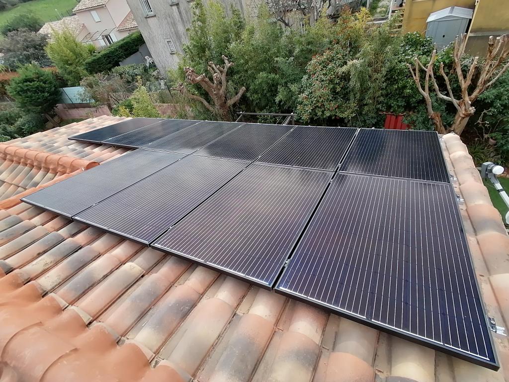 Installation panneaux solaires photovoltaïques sur-imposée 3000Wc pour autoconsommation