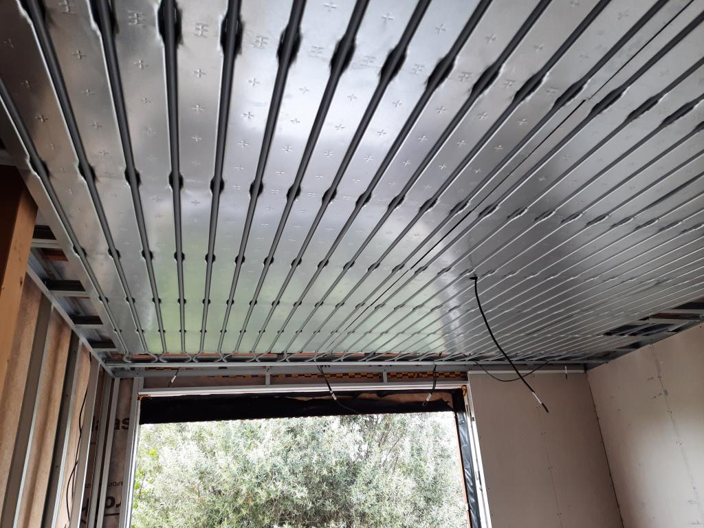 Installation d'un plafond chauffant rayonnant Innovert-Bouches du Rhône (13)